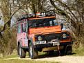 Land Rover Defender 2003 года
