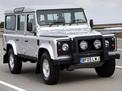 Land Rover Defender 2005 года