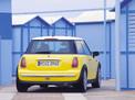 Mini Cooper 2001 года