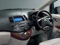 Mitsubishi Grandis 2007 года