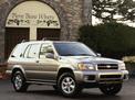 Nissan Pathfinder 2001 года