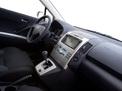 Toyota Corolla Verso 2004 года